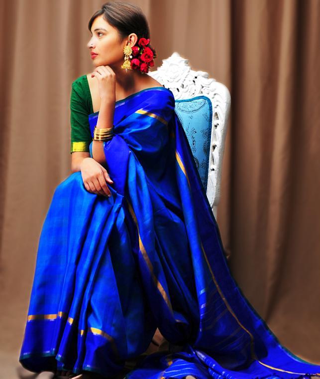 Buy The Queen S Drape Kanchipuram Silk Sarees Online At
