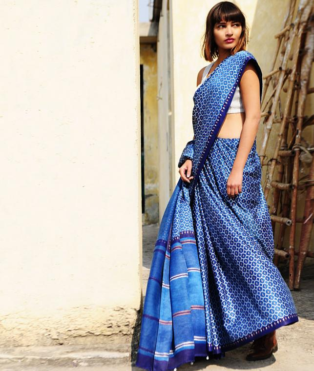 Buy Free Bird By Aavaran Block Printed Gajji And Mulberry